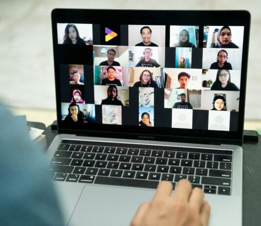 Nakama Tokopedia Berbagi Tips Persiapan Kuliah melalui Nakamate School in The Cloud