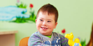 maianan untuk anak autis
