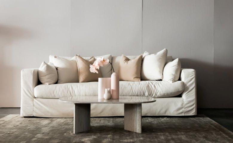Sofa Tanpa Kaki