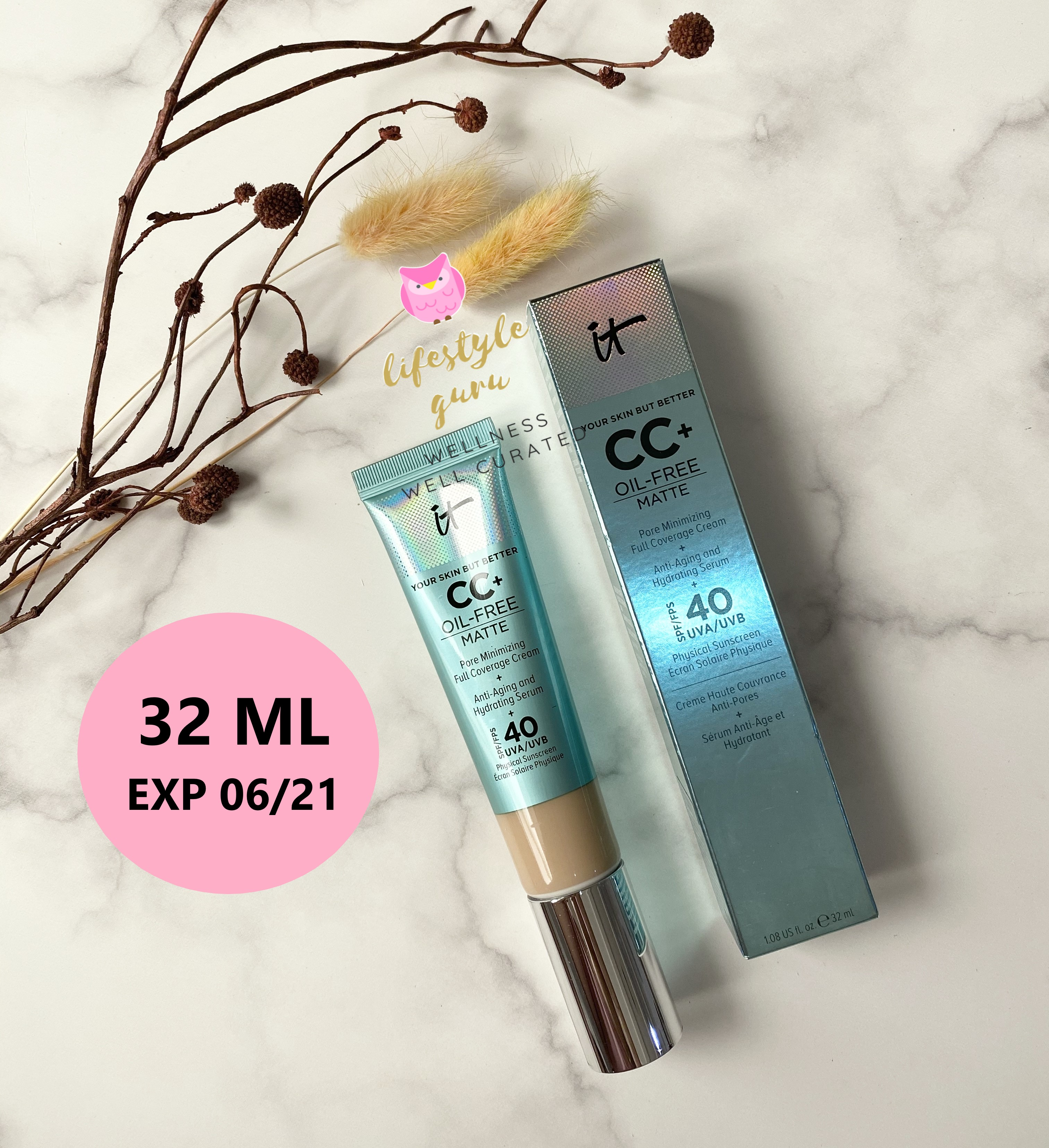 IT Cosmetics Your Skin But Better CC+ Cream Oil-Free Matte with SPF 40 - Light Medium thumbnail