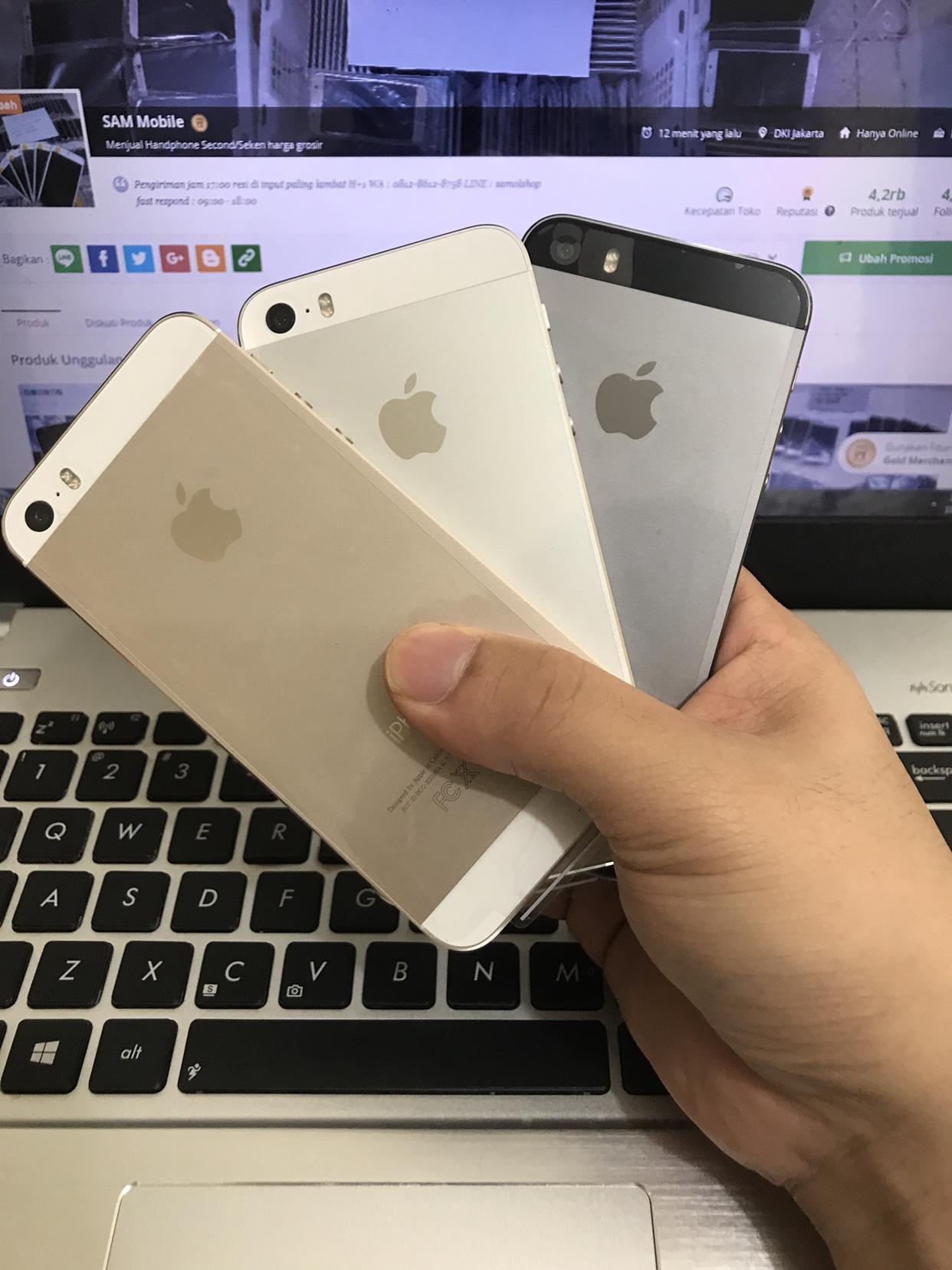 Jual Apple iPhone 5S Grey - Gold - Silver 64GB Second FULLSET ... d11b71d263