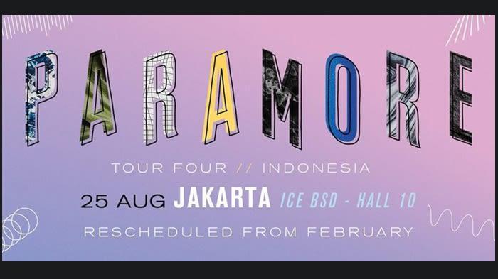 Paramore - Tour Four  - Background