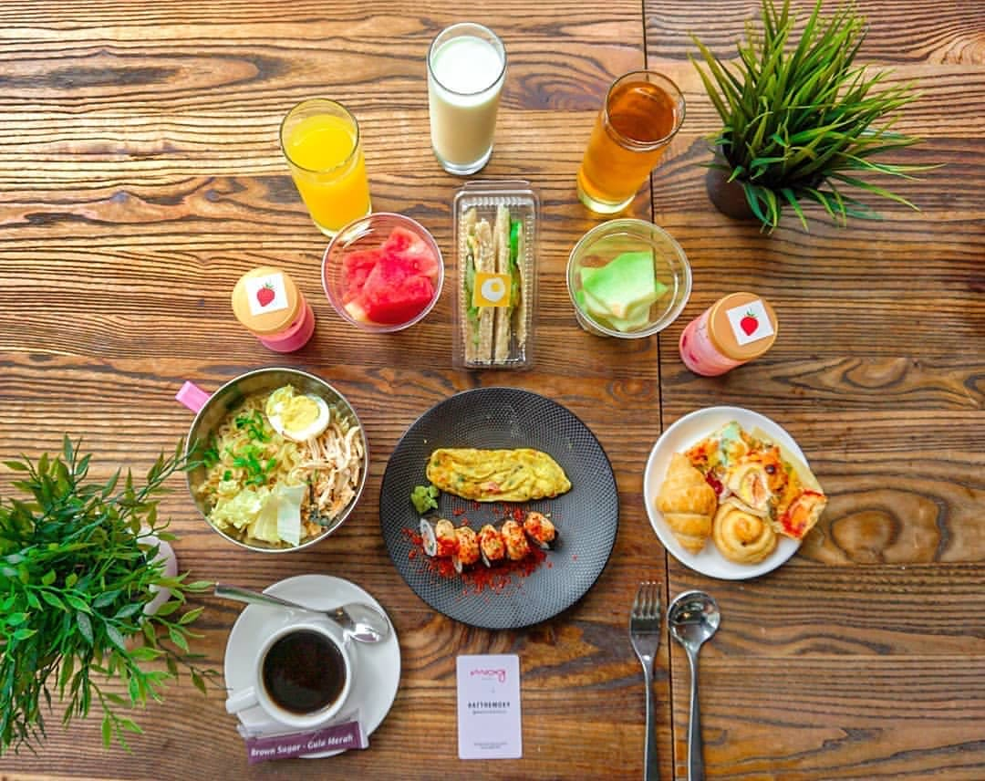 MOXY Bandung - Buffet / Ala carte breakfast for 1 person