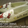 Sepatu Lukis Hello Kitty