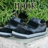 sepatu anak _ HOOK