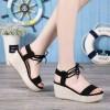 Sepatu Wanita Wedges Tali Ikat Hitam A