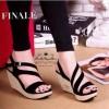 Sepatu Wanita No. 38 Wedges Hitam Yd 01