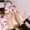 Grosir Sepatu Wanita Murah - Sandal Hermes Putih TR11