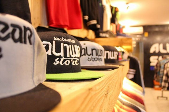 alienwear store