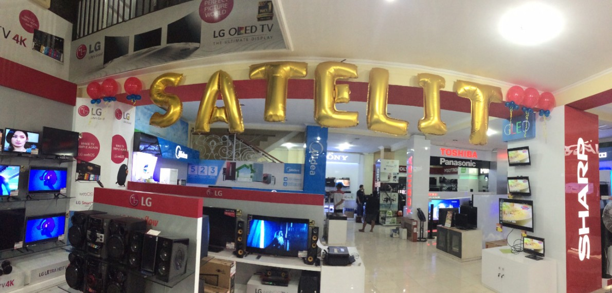 Satelit electronic