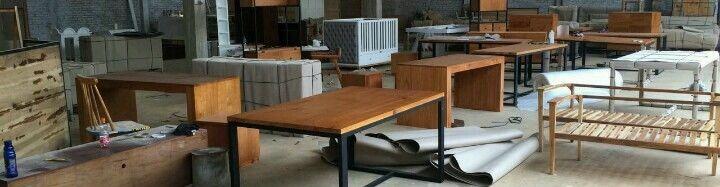 Woodclusive Furniture