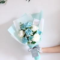 Custom Buket Biru Putih Silk