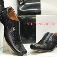 Sepatu Pantofel Pria Kulit Louis Vuitton Original Indonesia Warna Htm