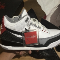 Jual Sepatu Basket Nike Air Jordan Terlengkap - Harga Terbaru 2019 ... bc7537886c