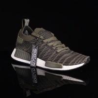 b322782147bb4 Jual Sepatu Adidas NMD Terlengkap - Harga Sneakers Adidas NMD ...