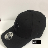 TOPI NEW ERA ORIGINAL METAL NEW YORK YANKEES BLACK