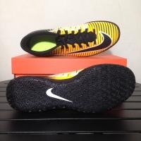 Nike Mercurial Vortex 3 IC Colour laser orange/ black