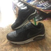 Sepatu NIKE AIR MAX COMMAND TRAINER original Made in Indonesia