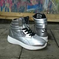 Sepatu Senam Wanita - Reebok Zumba Dance Style Womens