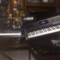 Keyboard Yamaha PSR E453 call 081295902580 BU urgent Harga Nego