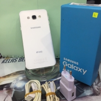 "SECOND Samsung A8 2015 5,5"" Super AMOLED - White"