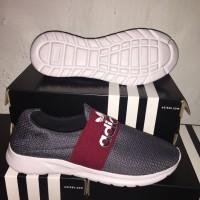 Adidas grey red