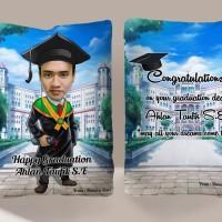Bantal Karikatur Tema Wisuda / Graduation / Souvenir