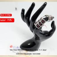 Perhiasan Cincin Fashion Emas Putih Asli kadar 750 surabaya