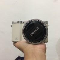 PRELOVED - SAMSUNG NX3000 (mirrorless camera)