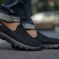 Sepatu Sketcher Slip on go walk sol black sepatu pria grade ori