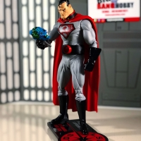 PRESIDENT SUPERMAN RED SON from DC DIRECT ELSEWORLD SERIES 2