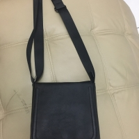 Zaraman sling bag black