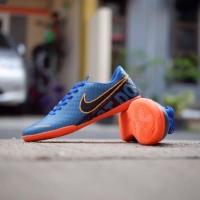 Sepatu olahraga futsal Nike SUV man