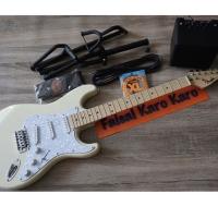 Paketan Gitar Fender Stratocaster Ampli,Kabel Jack,Stand,Strap & Senar