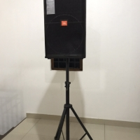 Speaker JBL SRX 700