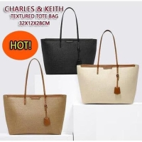 Harga charles and keith textured tote bag tas | antitipu.com