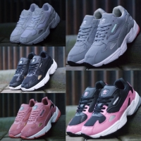 3d1be26a0d1 Jual Sepatu Wanita Adidas di Kab. Tangerang - Harga Terbaru 2019 ...