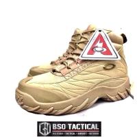 Sepatu Oakley Sabotage