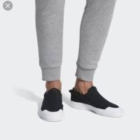 Adidas nizza slip oN Size 42 2/3