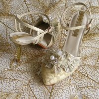 REBECCA CQ 6074 in CLASSIC GOLD only available in size 38