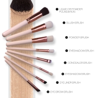 O.TWO.O BRUSH MAKEUP ISI 8PC