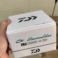 Reel daiwa emeraldas lt2500s-h-dh