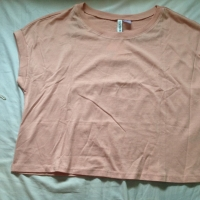 Baju kaos peach merk H&M size s,m,l,Xl (wanita)