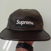 Supreme cap Lather black