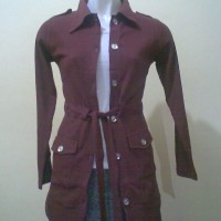 jaket Merah Bata