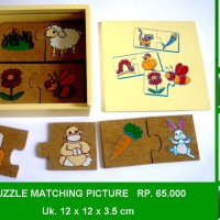 Puzzle Matching Picture