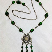 K014 - Ethnic Green (Free Box)