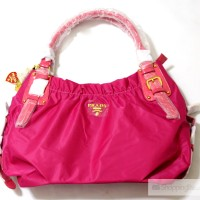 Prada PR1016 Pink