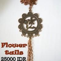 "Kalung ""Flower Tails"""