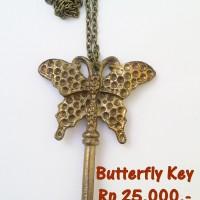 "Kalung ""Butterly Key"""